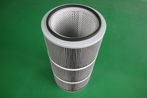 Anti-static filter cartridge